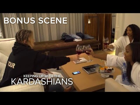 KUWTK | Khloé Kardashian Freaks Over Denim Line Launch | E!