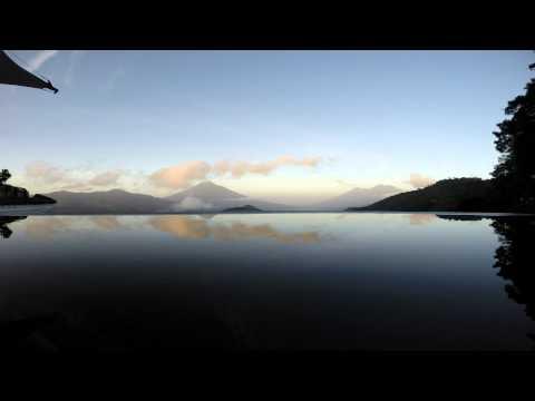 Antigua Guatemala - Volcán de Agua y Fuego - Time-Lapse