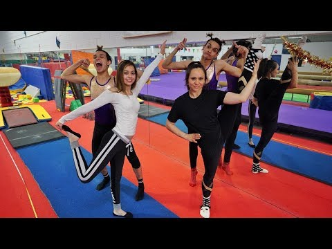 GIRLFRIEND vs. MOM GYMNASTICS!