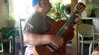 Santos Rubio . Guitarronero chileno