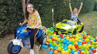 Öykü Arabasıyla Yolda Kaldı - Pretend Play toy car mechanic - Funny Oyuncak Avı Öykü