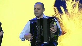 """Moment din Gala Premiilor UNITER 2017, eveniment trasnmis în direct pe TVR1, pe 8 mai, de la Teatrul """"Mihai Eminescu"""" din Timişoara.  Întreaga gală este online pe canalul nostru de YouTube: https://yo"""