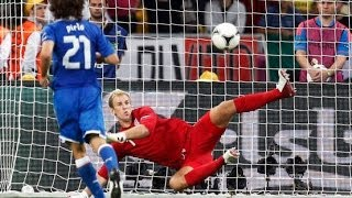 Repeat youtube video DPF: Pirlo's Panenka Penalties Compilation