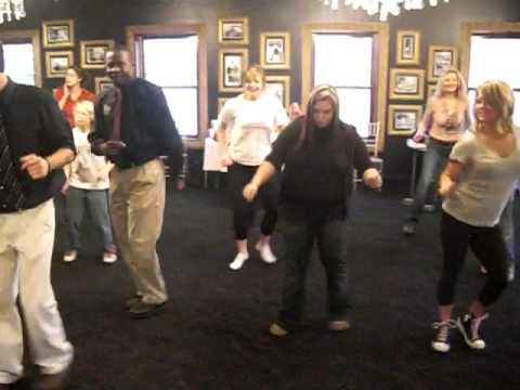 The Pub  mgrs dancing