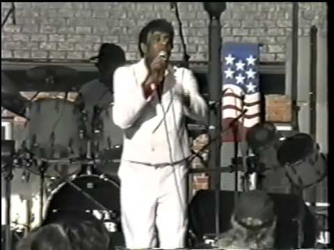 Clifford Curry - Live in Cookeville, TN, late 1990's