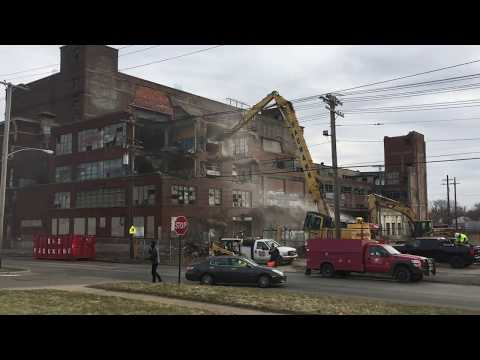 Demolition work begins on West Side industrial eyesores (video)