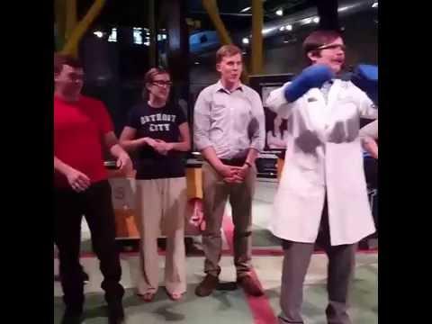 Liquid Nitrogen Demonstrations at the Michigan Science Center