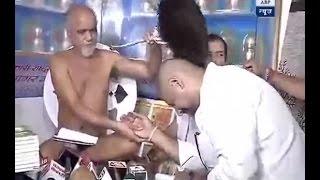 Vishal Dadlani seeks apology from Jain Monk Tarun Sagar in Chandigarh
