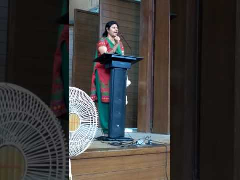 Techie Consultant Ashta Latha addressing a gathering of college students