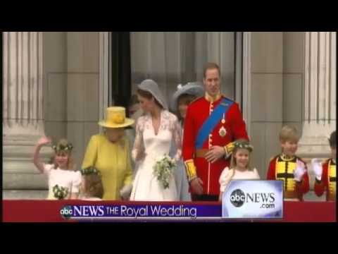 Royal Wedding William And Kate Kiss On The Balcony Twice