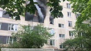 Фото ЧП на юге Москвы: спасатели прибыли на вызов о пожаре в жилом доме.