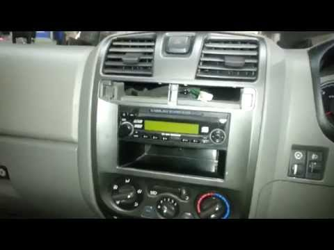 How to remove a Holden Colorado / Rodeo radio