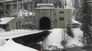 Cascade Tunnel, East Portal, BNSF Autorack Train