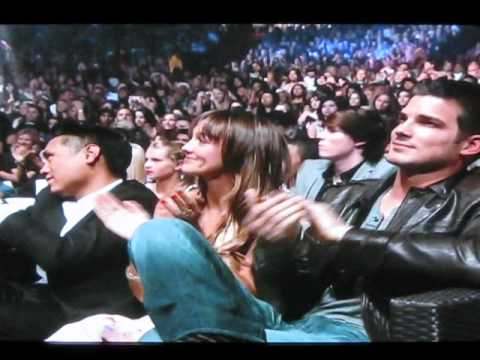 Taylor Lautner Wins Choice Movie Actor Fantasy @ the teen choice awards 2010