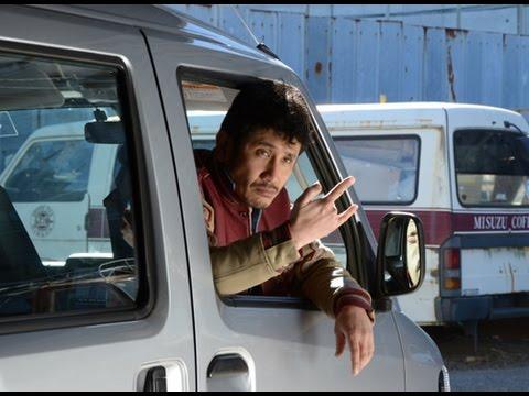 ロックバンド黒猫チェルシーのボーカルで、『色即ぜねれいしょん』などで俳優としても活躍する渡辺大知が監督に挑んだドラマ。東京郊外を舞...