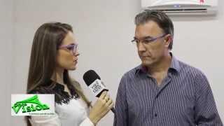 Você usa óculos de grau? Então assista esta entrevista.