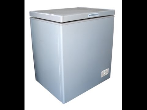 Magic Chef MCCF5WBX 5.5 Cubic Ft. Chest Freezer on