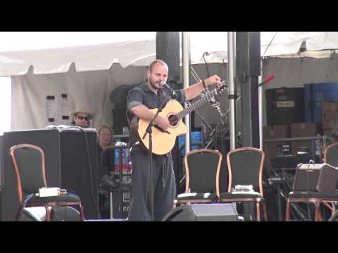 Andy McKee - full set - Guitar Town 8-8-15 Copper Mtn., CO HD tripod