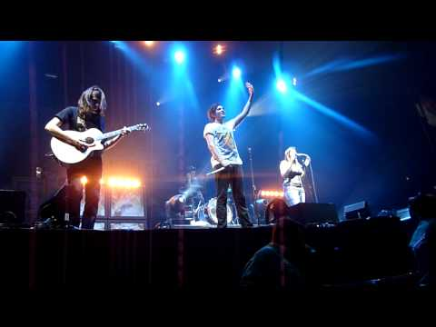You Me At Six - Always Attract HD (London Wembley Arena 18/12/2009)