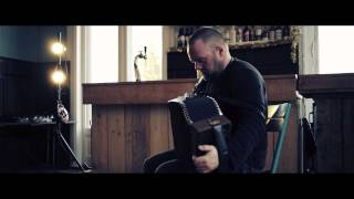 David Munnelly – Falling