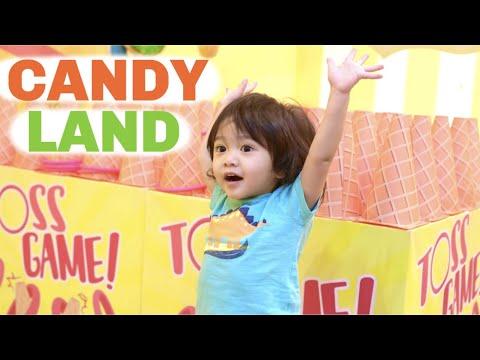 Travis In Candyland