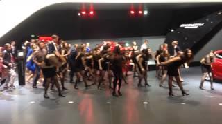 Flashmob au salon de l' auto  de Genève 2014