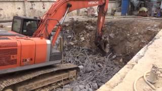 挖土機+破碎機舊基礎敲除