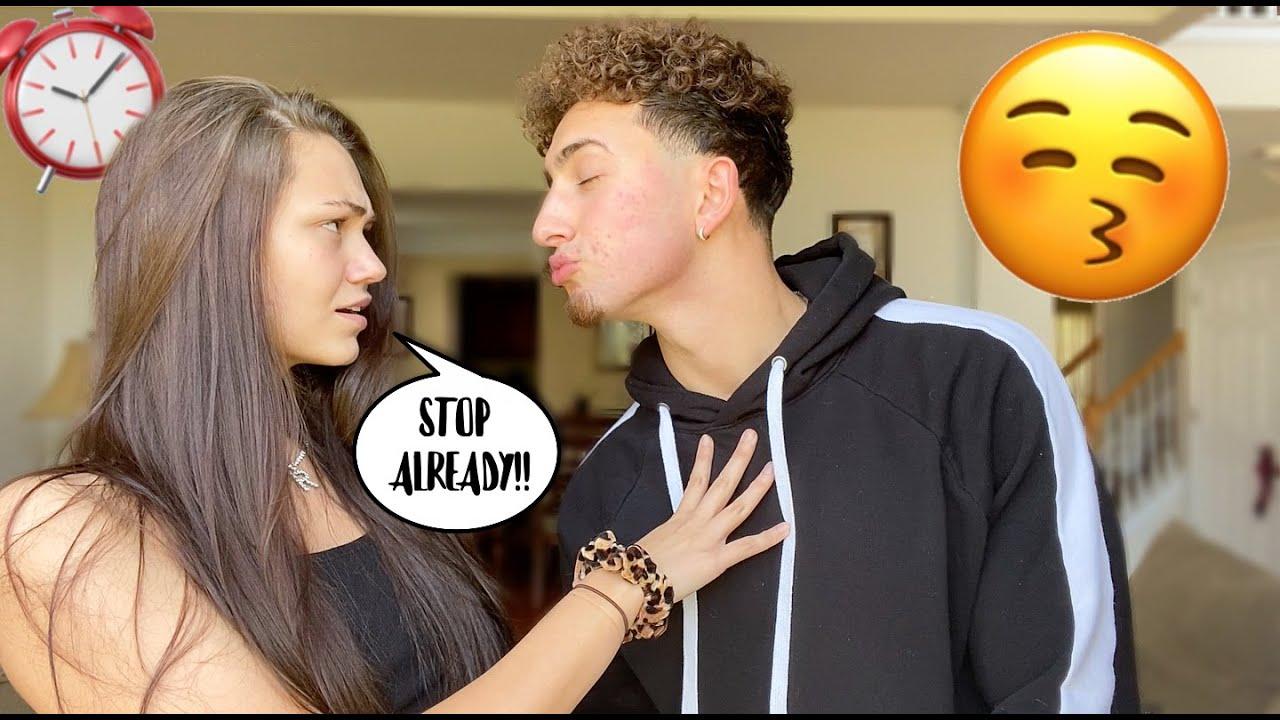 Kiss my girl friend — img 11
