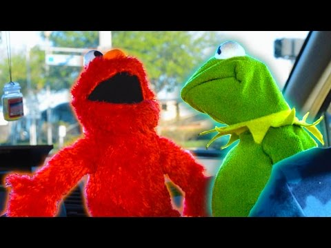 Kermit the Frog and Elmo Rap Car Karaoke!
