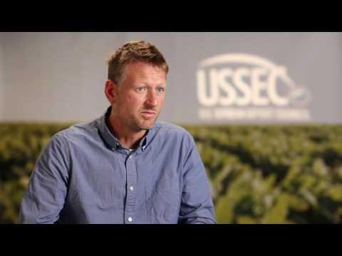 MARK LYNAS, Changed Views on GMOs