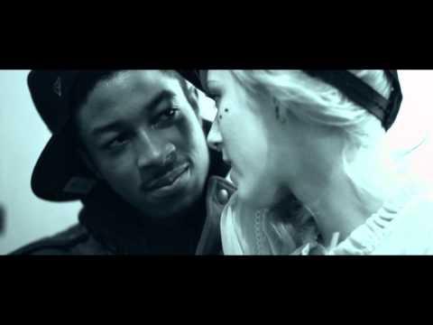 """Hollywood Squadda """"Newports"""" (aka Squadda B of Main Attrakionz)(Official Music Video)"""