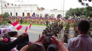 ESCUELA TECNICA DEL EJERCITO DEL PERU - GRAN PARADA MILITAR 2017 - DESPACITO