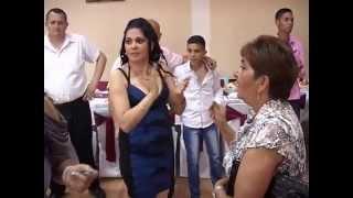 Repeat youtube video Sanja Mitrovic (01.05.2014) punoletstvo Obrenovac1 deo