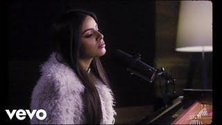 Смотреть клип Celina Sharma - Chalo