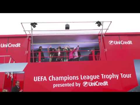 EventRent // Unicredit UEFA Auditoire Roadshow in Slovakia with Event InfoVan #22
