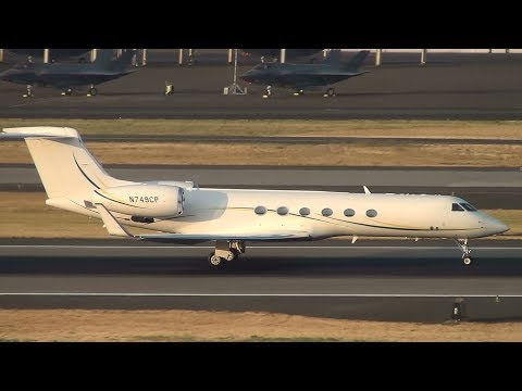 Gulfstream G550 [N749CP] Takeoff Portland Airport (PDX)