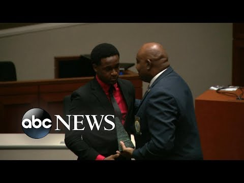 Man honored for ethical bravery after hugging cop who killed his brother l ABC News