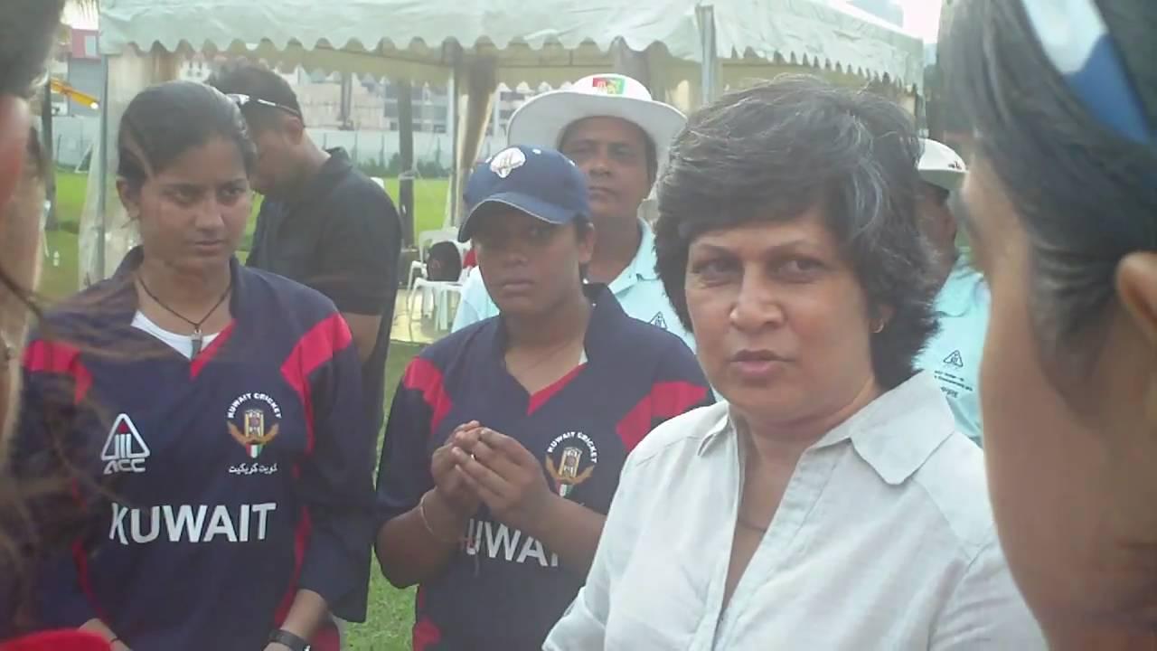 Shubhangi Kulkarni of India advises young cricketers - YouTube