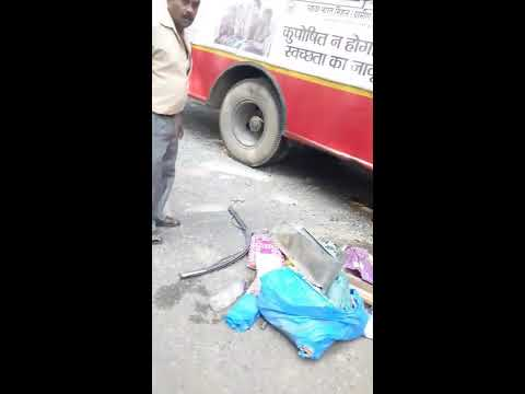 Dangerous accident in Allahabad - Kanpur highway today (27-oct-2017)