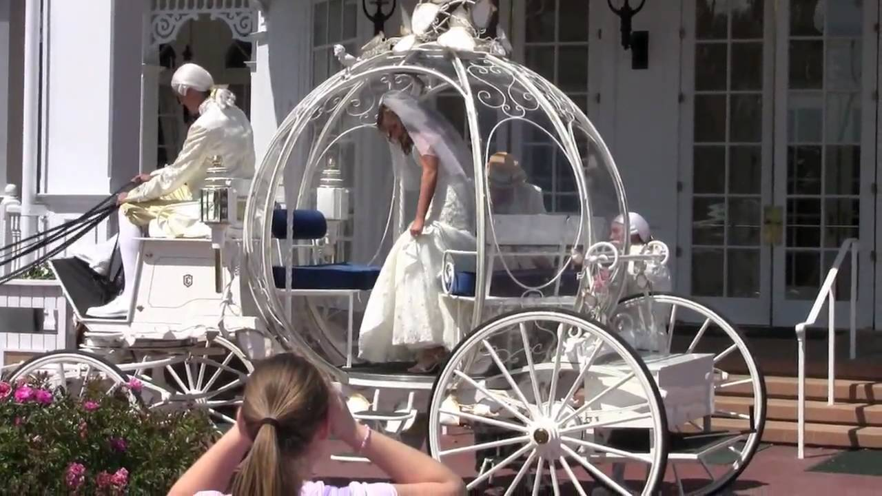 Cinderella Wedding Carriage At Disney S Grand Floridian Resort You