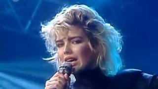 Kim Wilde - You Keep Me Hanging On (LIVE) (1986) (HQ)