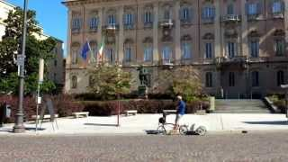 Cyclopolitans ride Brompton bicycles in Italy