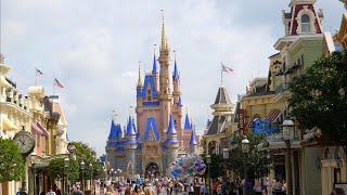 Magic Kingdom OFFICIALLY REOPENS! Crowds & Wait Times Tour | Walt Disney World Florida Reopens 2020