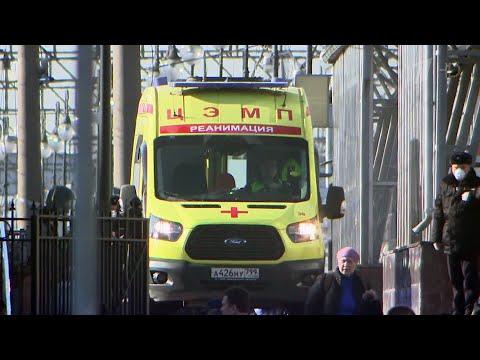 В Брянске поместили на карантин вагон пассажирского поезда из-за подозрения на коронавирус.
