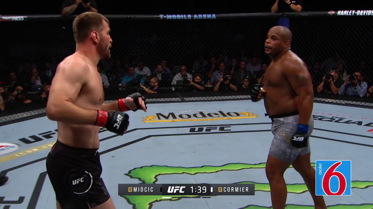 UFC 226: Стипе Миочич vs. Даниэль Кормье / Miocic vs. Cormier