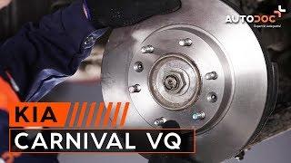 Ako vymeniť predné brzdové kotúče a brzdové platničky na KIA CARNIVAL VQ NÁVOD | AUTODOC