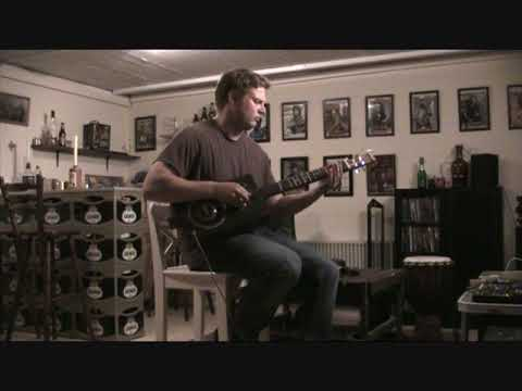 "Song ""inspiration"" - cigar Box guitar - open g# tuning"
