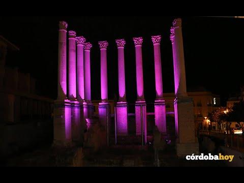 VIDEO: El templo romano se ha vestido de rosa para luchar contra la violencia de género