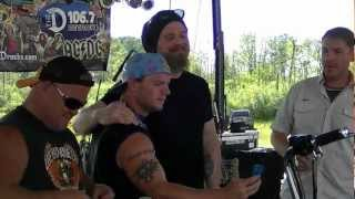 Before Opie Died Ryan Hurst Sons Of Anarchy Signing a Bike For a Fan !!