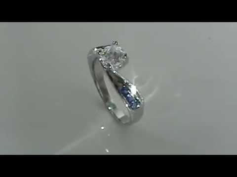517ec8ccfd0b Anillo de compromiso Diamantes y Zafiro en Oro Blanco de 14kt Modelo Marloz  1 Joyeria Marloz - YouTube